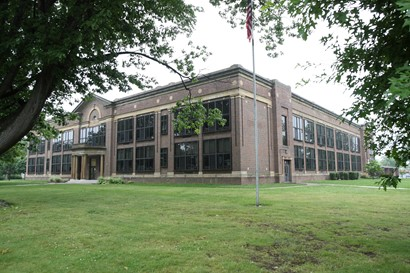 Noble Elementary School exterior
