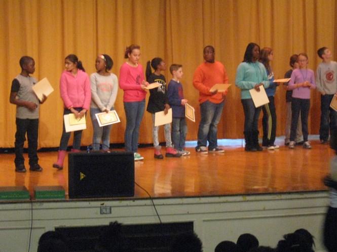 6th grade Honor Roll awardees