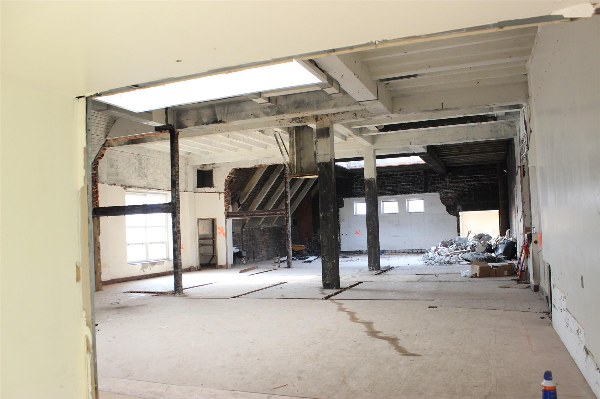 Fourth floor vocal music rehearsal area