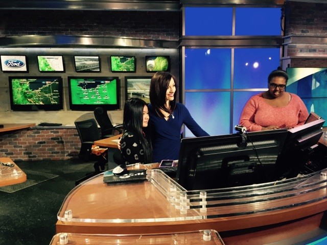 Students Parmila Gurung (L) and Cydnee Conwell (R) with Cleveland 19 Meteorologist Samantha Roberts.