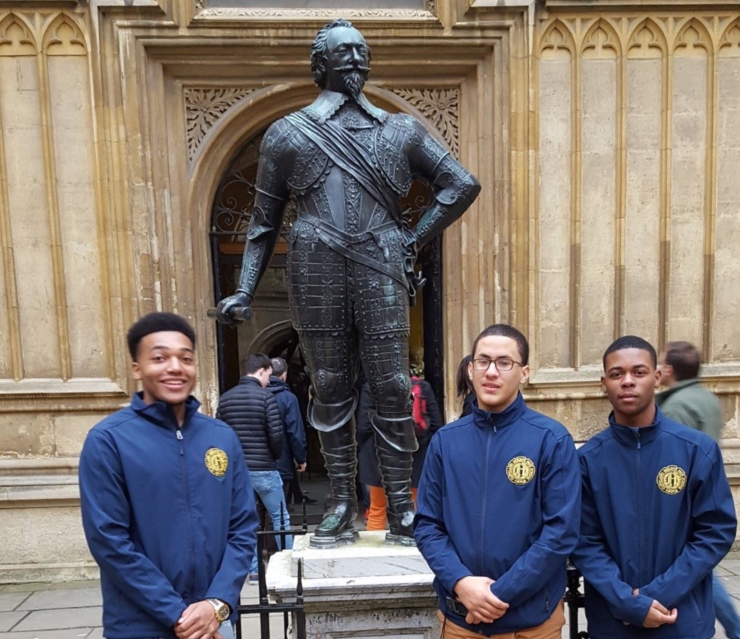 Options Global Ambassadors visit Oxford University in England.