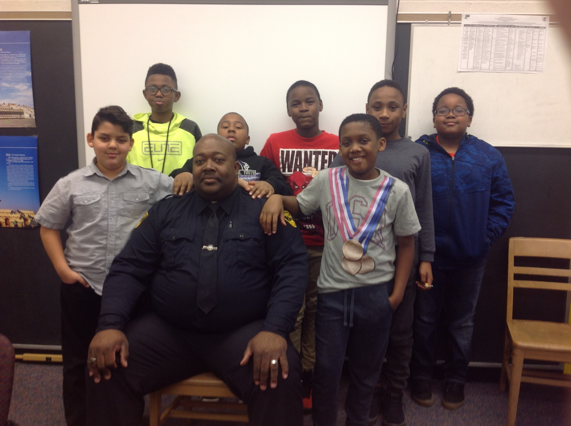 CHPD Officer Pitts with 5th Grade boys