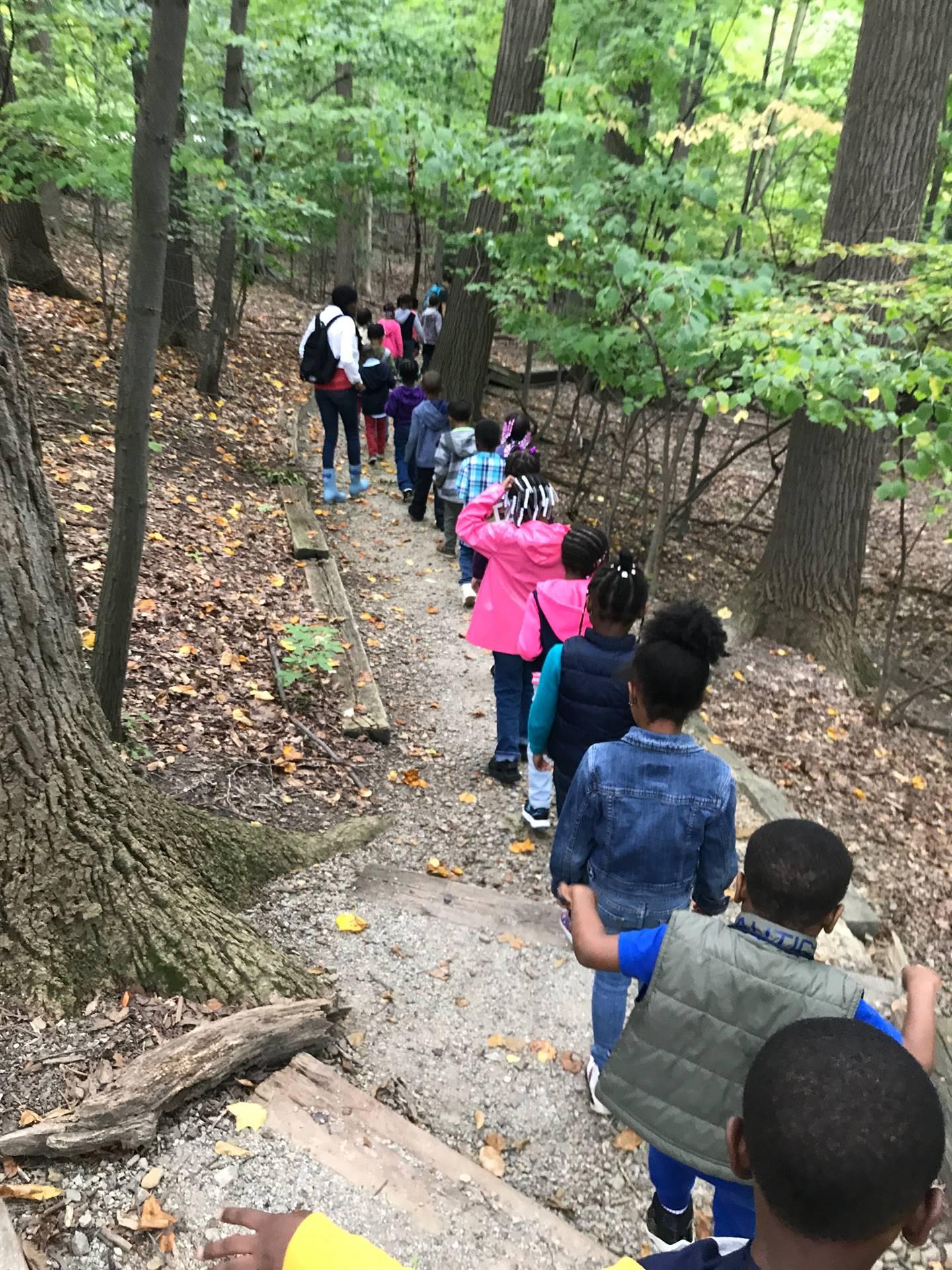 Oxford Kindergarten visits Shaker Lakes