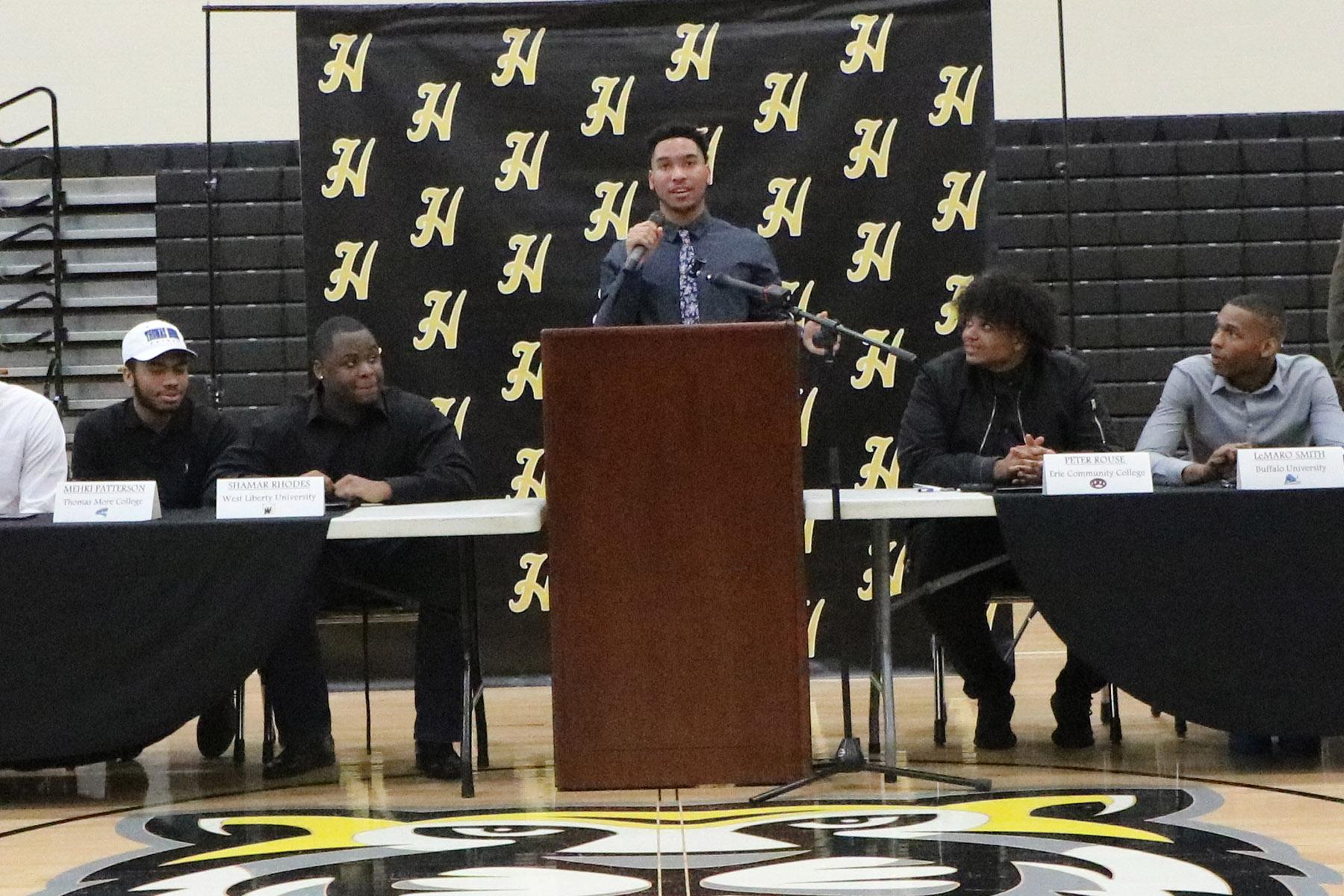 Zaire Webb announces his college destination