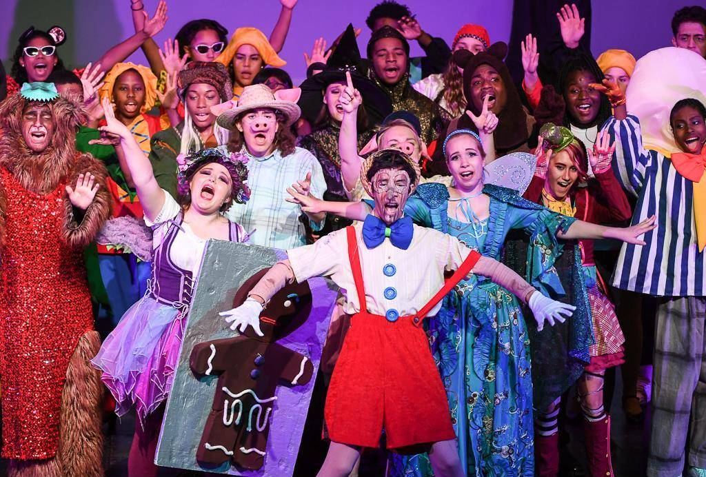 Heights High fall musical Shrek cast finale